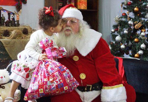 Encontro com Papai Noel: magia e alegria!